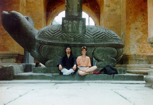 Meister Tian Liyang und Marianne Herzog 1995 in den Wudang-Berge